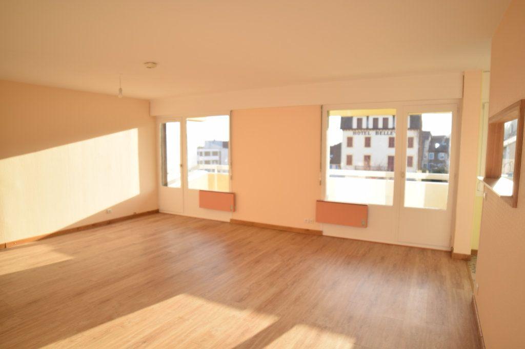 Appartement à louer 4 92.05m2 à Gex vignette-5