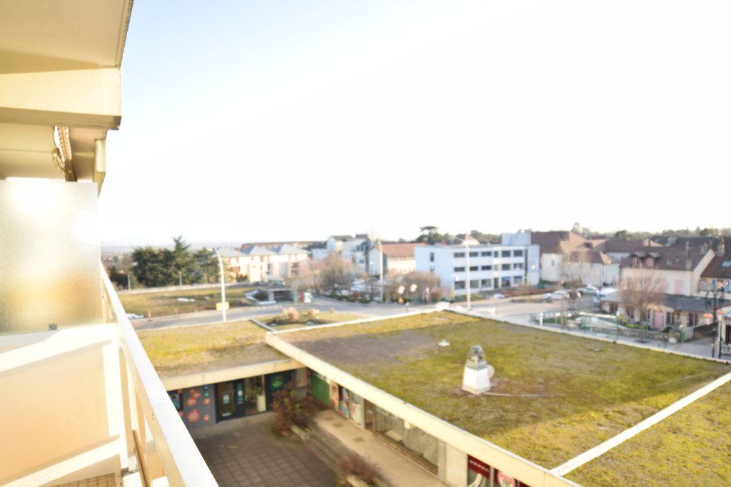 Appartement à louer 4 92.05m2 à Gex vignette-6