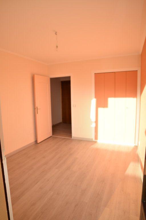 Appartement à louer 4 92.05m2 à Gex vignette-7