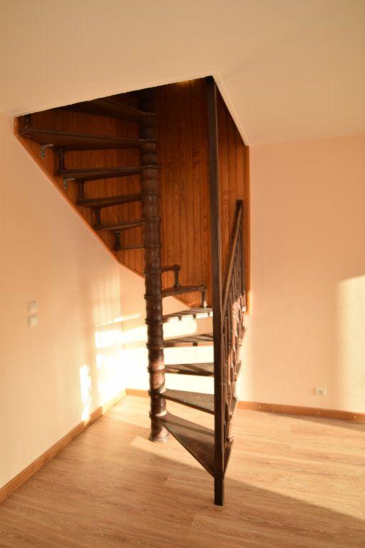 Appartement à louer 4 92.05m2 à Gex vignette-11