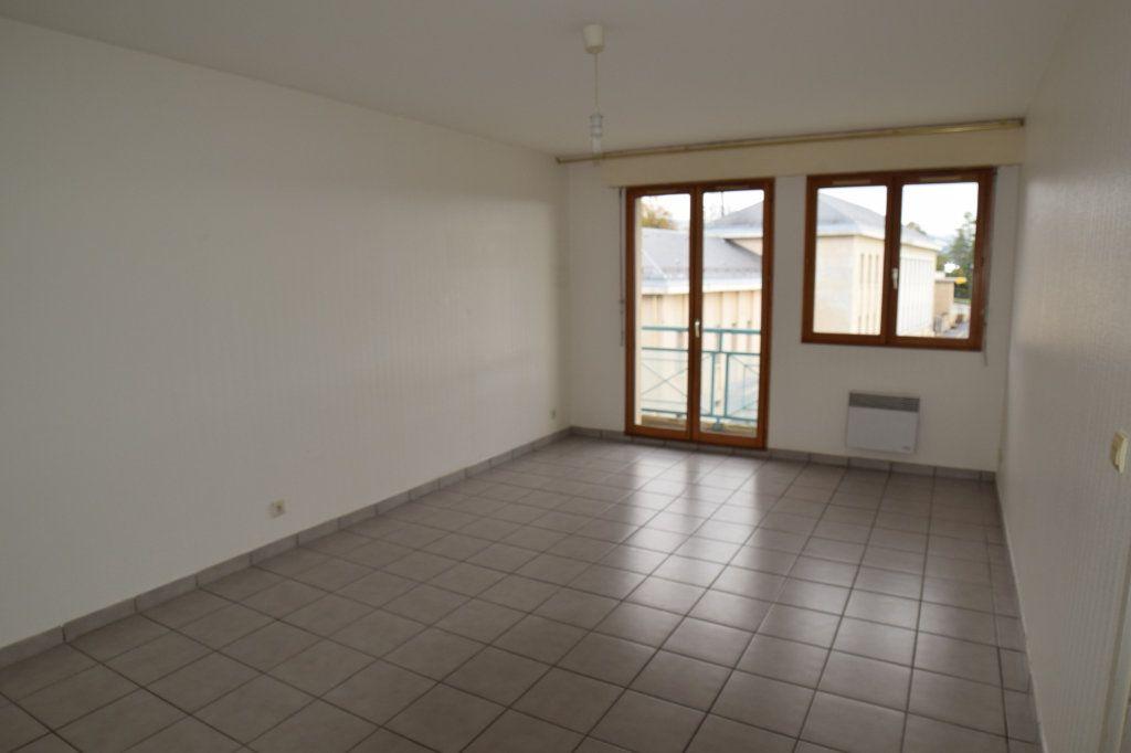 Appartement à louer 2 54.51m2 à Gex vignette-1