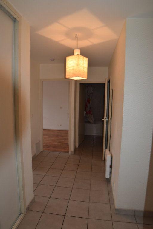 Appartement à louer 2 54.51m2 à Gex vignette-5