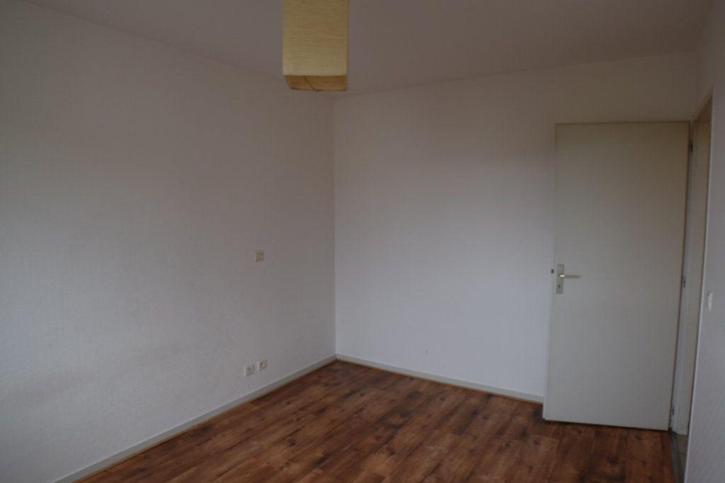Appartement à louer 2 54.51m2 à Gex vignette-10