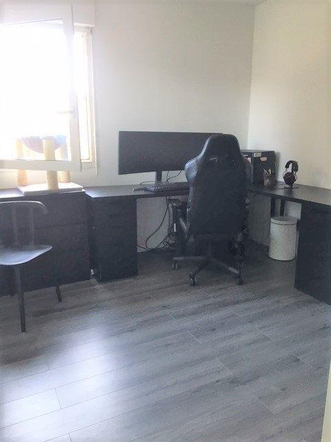 Appartement à louer 3 67.54m2 à Saint-Julien-en-Genevois vignette-6