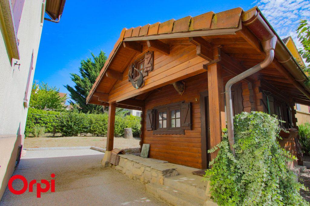 Maison à vendre 6 137.83m2 à Annemasse vignette-3