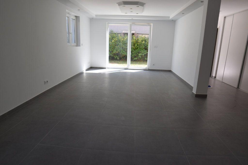 Maison à vendre 5 170m2 à Gaillard vignette-2
