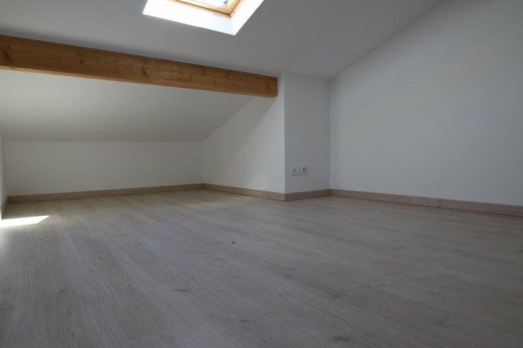 Maison à vendre 5 170m2 à Gaillard vignette-5