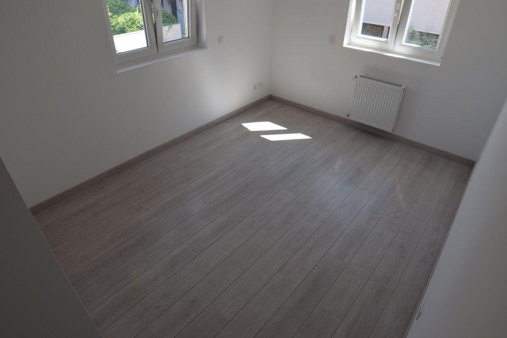 Maison à vendre 5 170m2 à Gaillard vignette-6