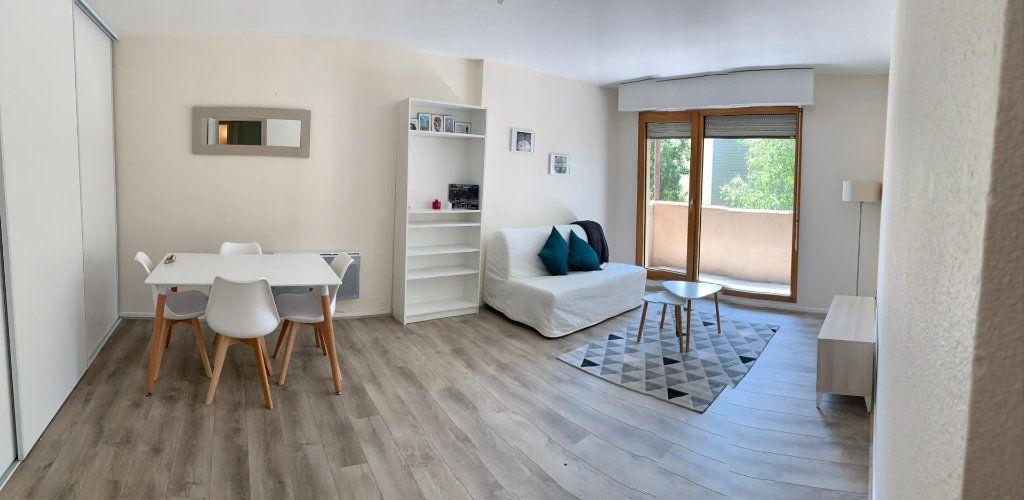 Appartement à louer 2 50.33m2 à Annemasse vignette-1
