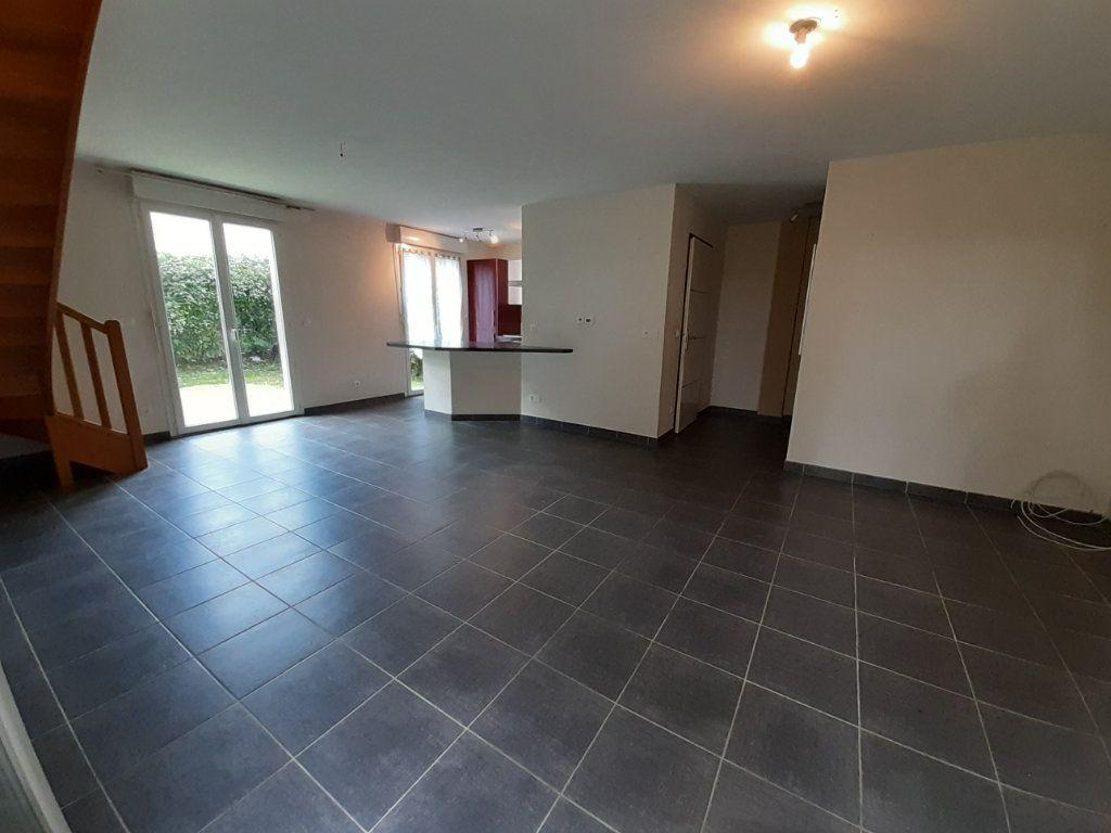 Maison à vendre 4 81.92m2 à Saint-Jean-de-Gonville vignette-4
