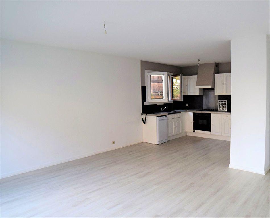 Appartement à vendre 2 54.03m2 à Chevry vignette-1