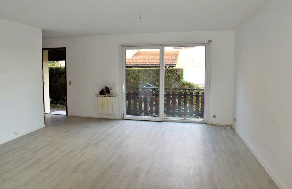 Appartement à vendre 2 54.03m2 à Chevry vignette-2