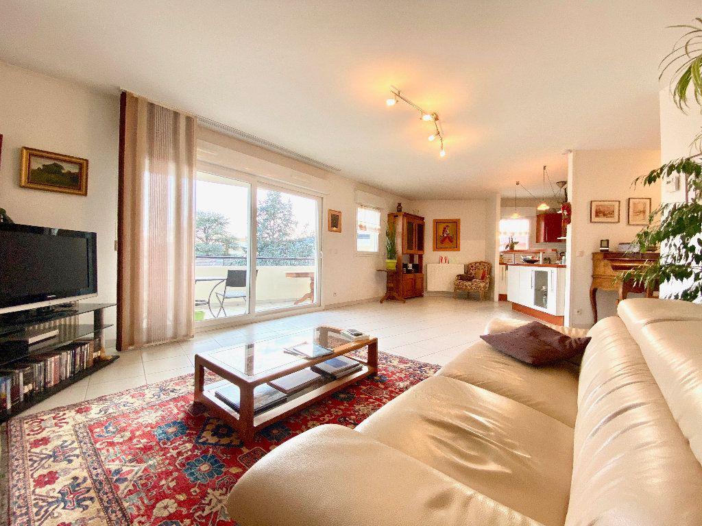 Appartement à vendre 3 81m2 à Annemasse vignette-1