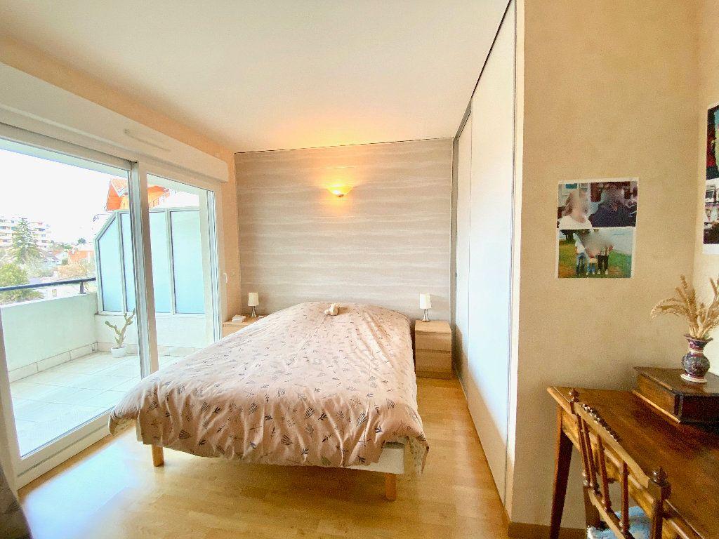 Appartement à vendre 3 81m2 à Annemasse vignette-5