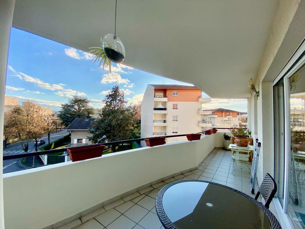 Appartement à vendre 3 81m2 à Annemasse vignette-7