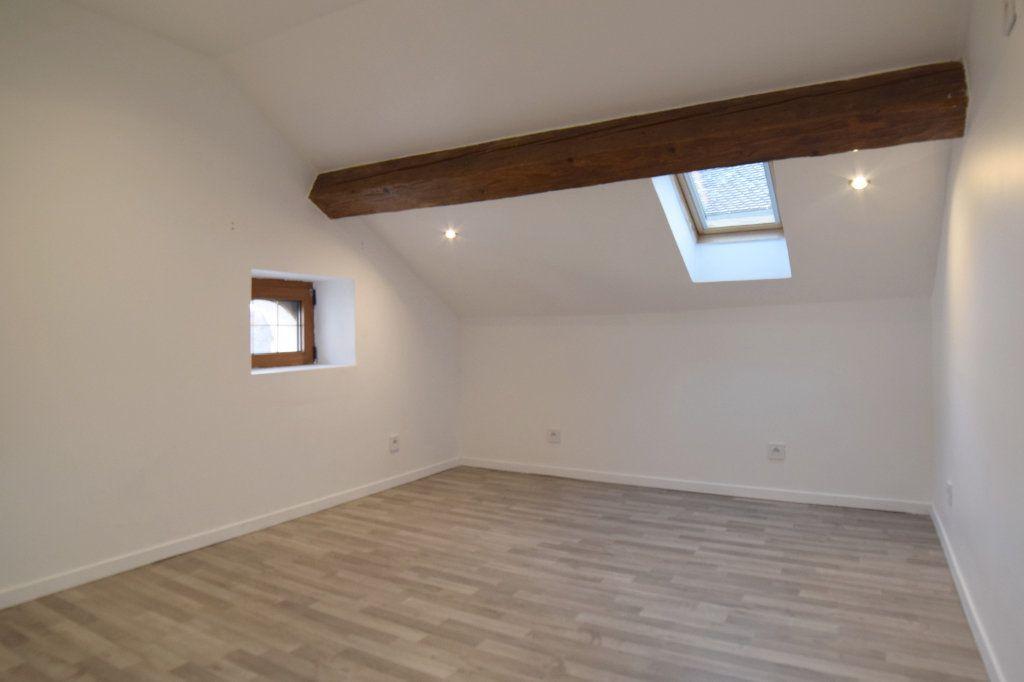Appartement à vendre 7 74.27m2 à Gex vignette-4