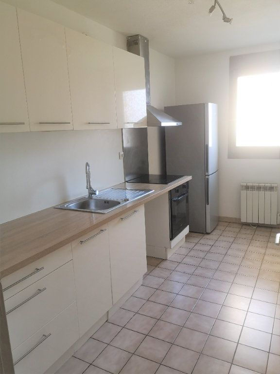 Appartement à louer 1 34.69m2 à Annemasse vignette-2