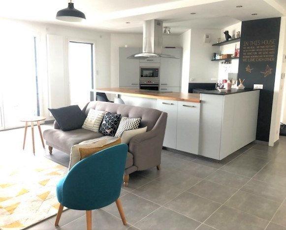 Appartement à vendre 4 88.96m2 à Divonne-les-Bains vignette-1