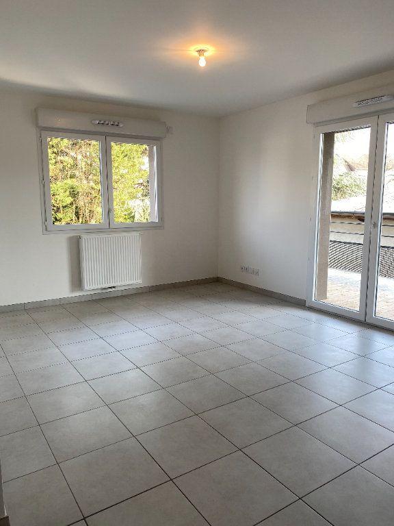 Appartement à louer 3 57.65m2 à Thonon-les-Bains vignette-3