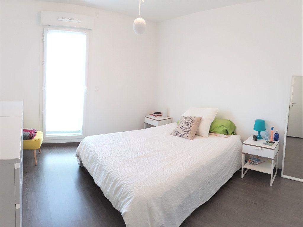 Appartement à vendre 3 66.57m2 à Saint-Genis-Pouilly vignette-4