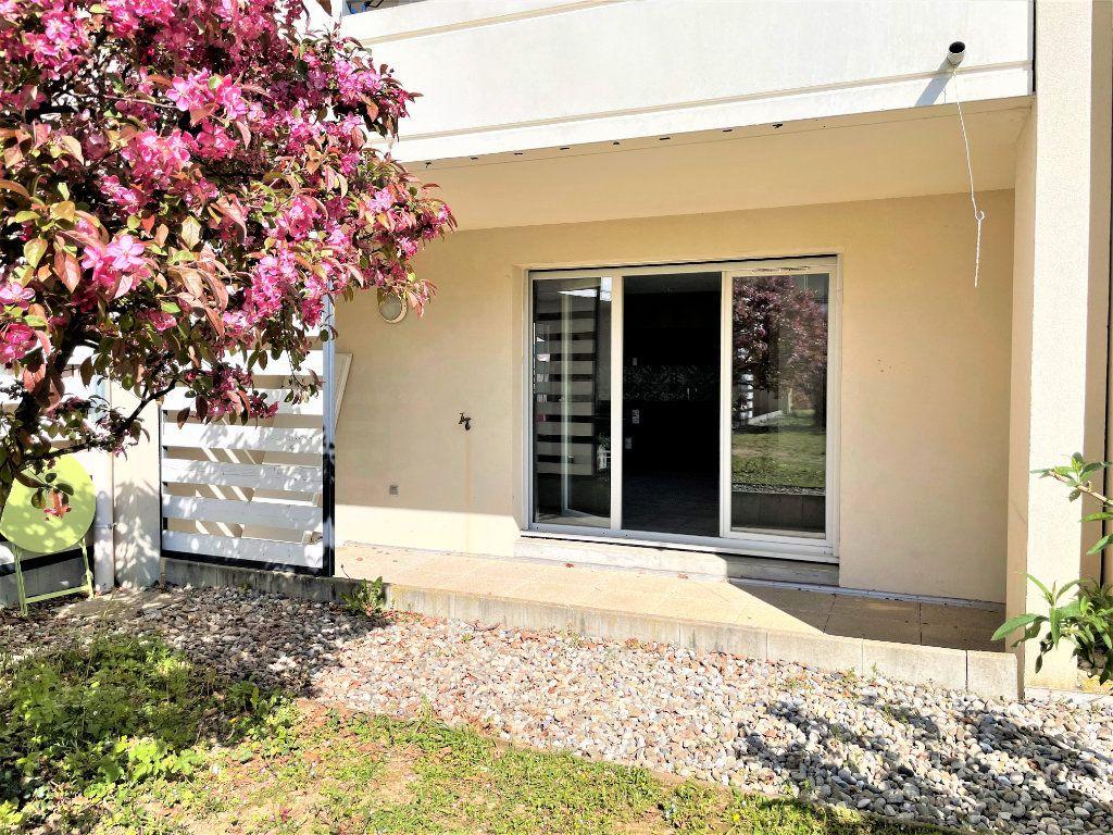 Appartement à vendre 3 66.84m2 à Saint-Julien-en-Genevois vignette-3