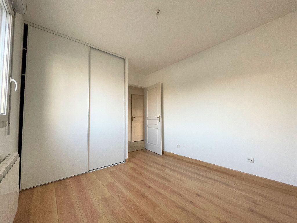 Appartement à vendre 3 66.84m2 à Saint-Julien-en-Genevois vignette-6