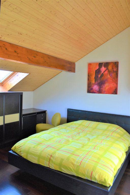 Appartement à louer 4 117.67m2 à Reignier-Ésery vignette-6