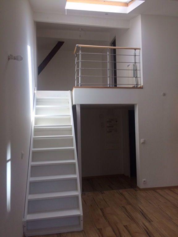 Appartement à louer 2 53.24m2 à Gex vignette-3