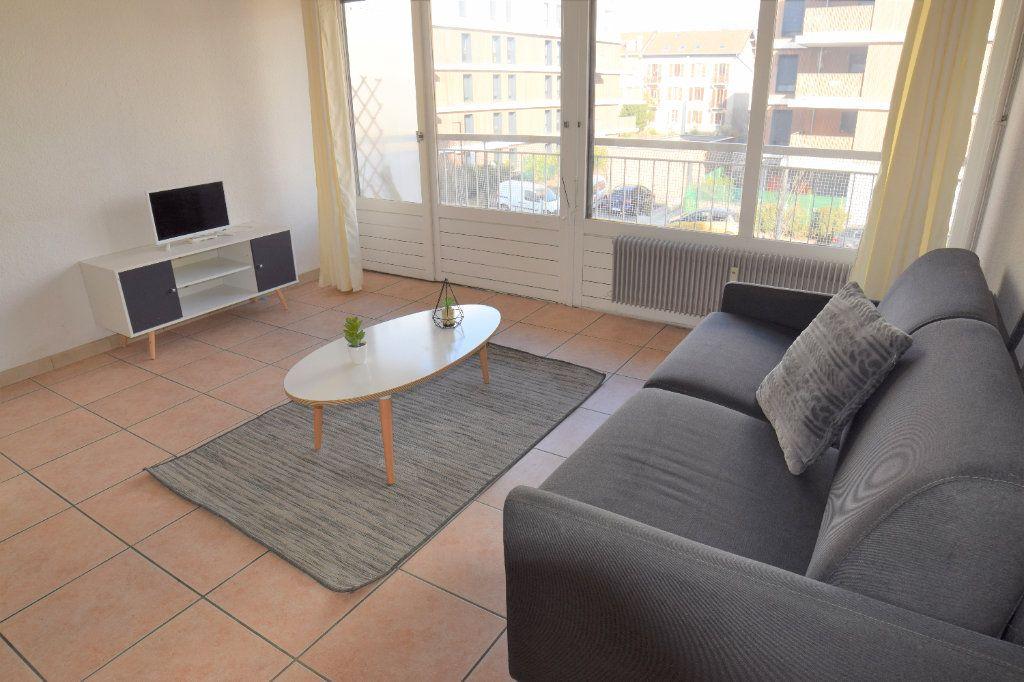 Appartement à louer 1 25.41m2 à Ambilly vignette-3