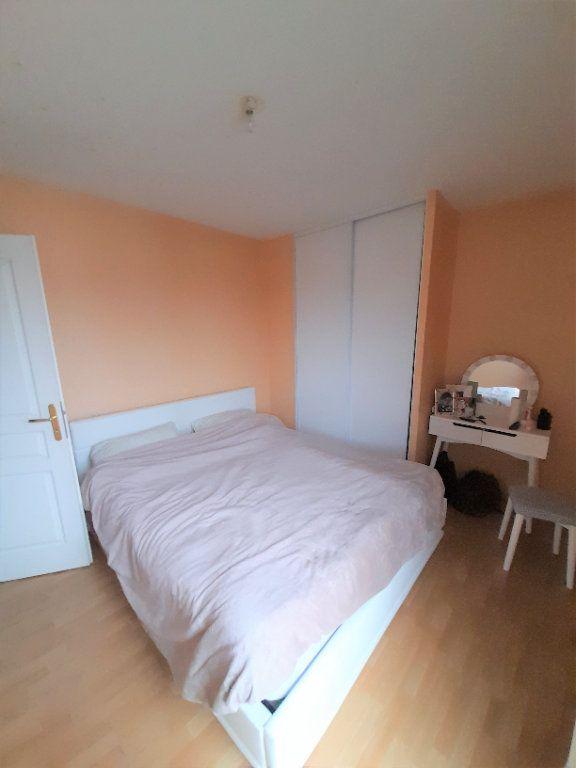 Appartement à louer 3 60.86m2 à Annemasse vignette-3