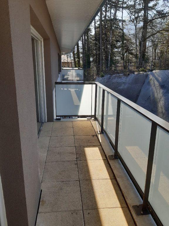 Appartement à louer 2 42.27m2 à Gex vignette-1