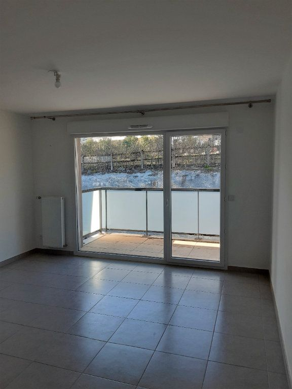 Appartement à louer 2 42.27m2 à Gex vignette-11