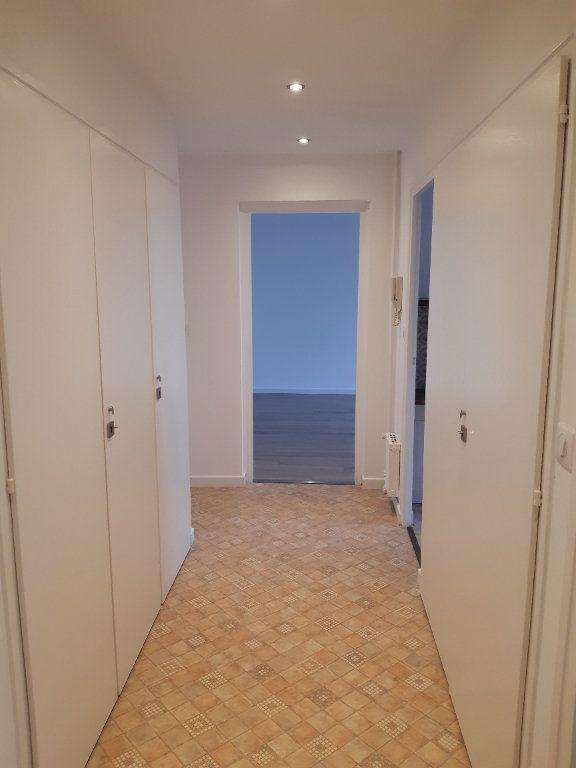 Appartement à louer 2 47.65m2 à Ornex vignette-6