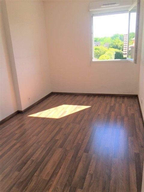 Appartement à louer 3 63.2m2 à Saint-Julien-en-Genevois vignette-5