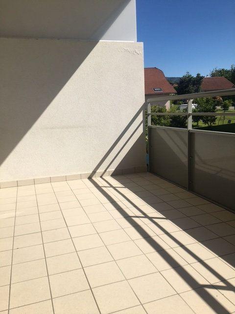 Appartement à louer 3 63.2m2 à Saint-Julien-en-Genevois vignette-7