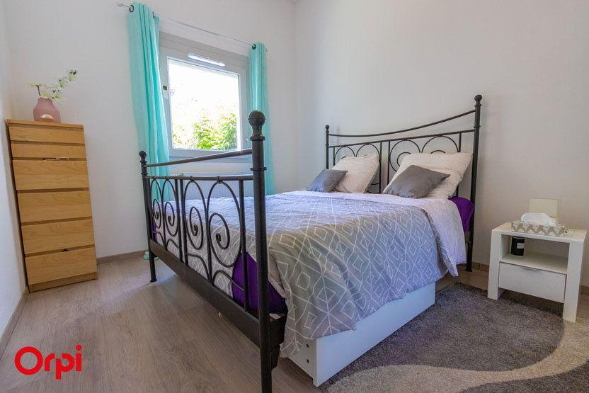 Appartement à vendre 5 106m2 à Saint-Julien-en-Genevois vignette-3