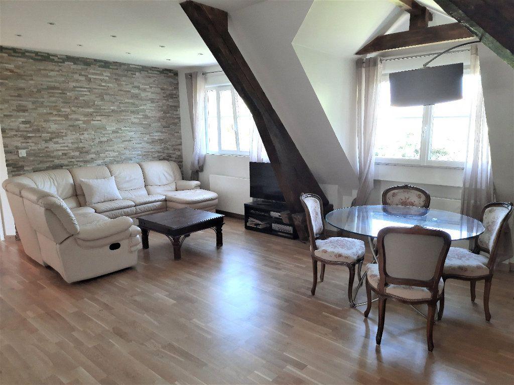 Appartement à louer 3 67m2 à Ville-la-Grand vignette-1
