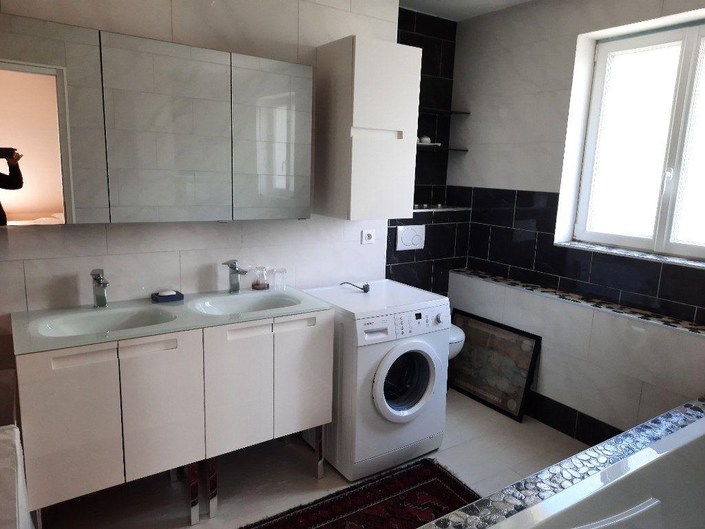 Appartement à louer 3 67m2 à Ville-la-Grand vignette-8