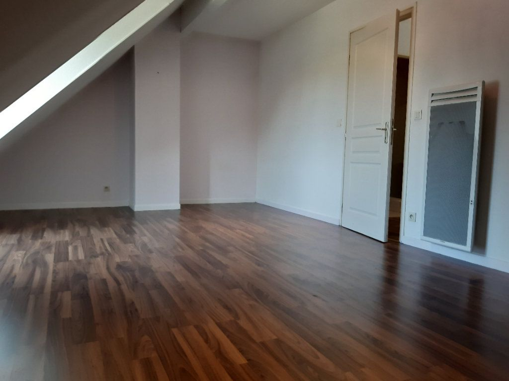 Maison à vendre 5 125m2 à Gex vignette-6