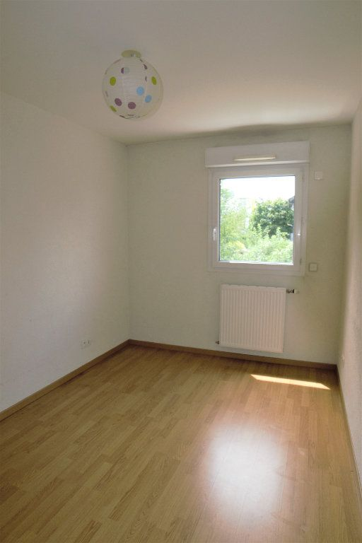 Appartement à louer 3 65m2 à Annemasse vignette-5