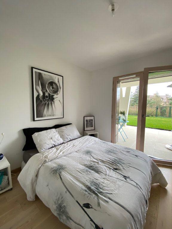 Appartement à louer 3 81.6m2 à Divonne-les-Bains vignette-6