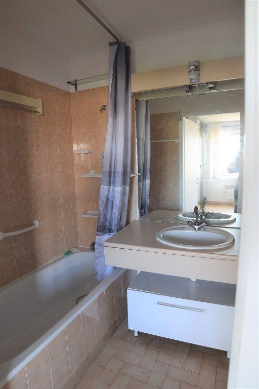 Appartement à louer 1 32m2 à Gaillard vignette-4