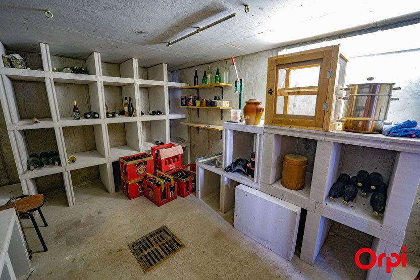 Maison à vendre 5 195m2 à Saint-Jean-de-Tholome vignette-10