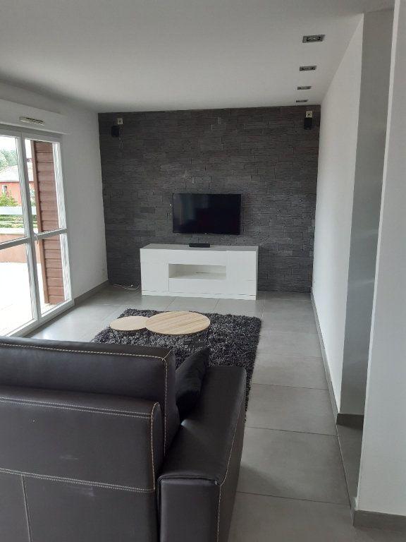 Appartement à louer 3 89.83m2 à Prévessin-Moëns vignette-11