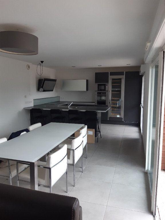 Appartement à louer 3 89.83m2 à Prévessin-Moëns vignette-12