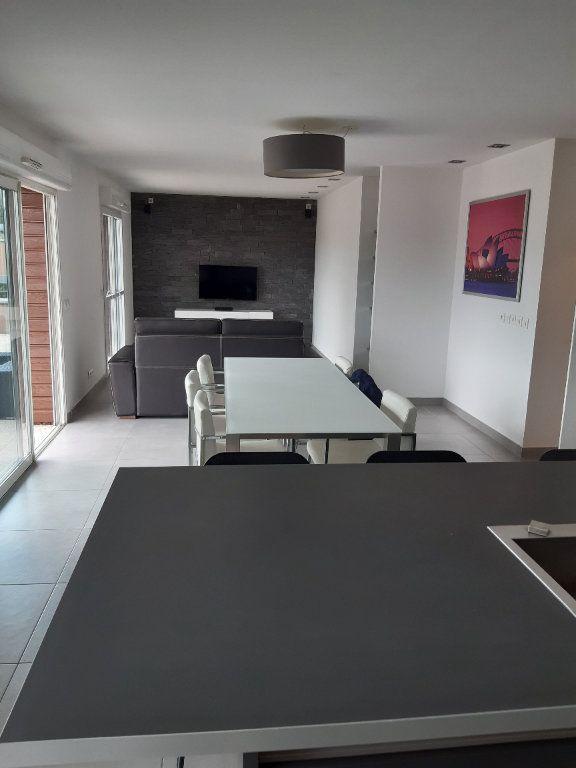 Appartement à louer 3 89.83m2 à Prévessin-Moëns vignette-14