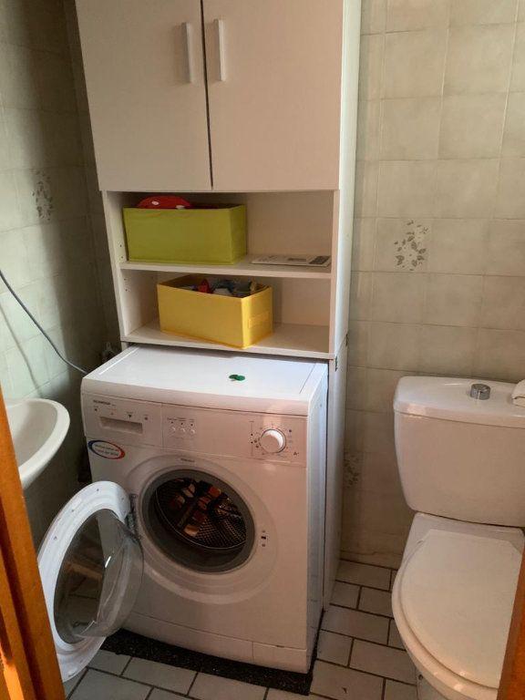 Appartement à louer 3 65.53m2 à Sergy vignette-4