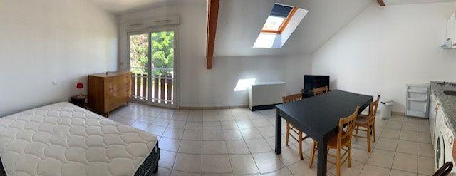Appartement à louer 1 27.02m2 à Gex vignette-1