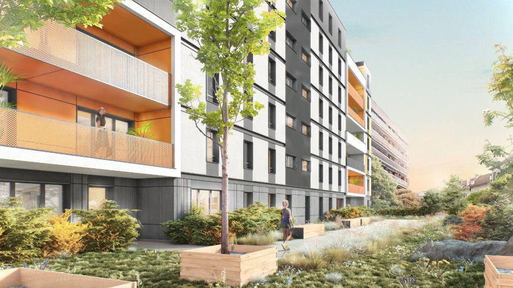 Appartement à louer 2 40.92m2 à Annemasse vignette-1