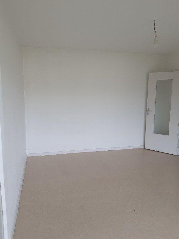 Appartement à louer 1 34m2 à Ornex vignette-4